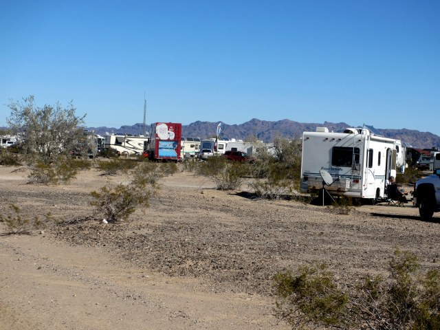 Lots of places to boondock on BLM land within walking distance to the tent.  We saw so many different types of RVs!